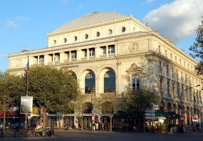 Teatr-de-la-Vill-700x486