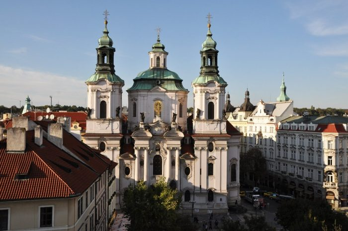 Bazilika-Svyatogo-Mikulasha-700x465