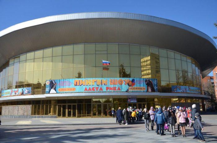 Bryanskiy-tsirk-700x463