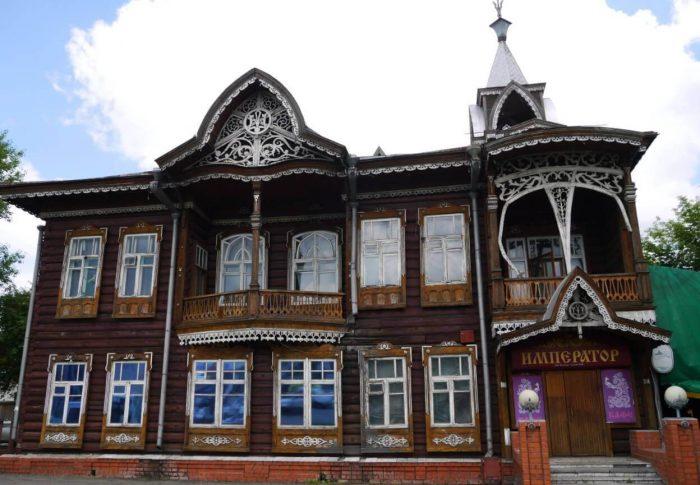 Dom-kuptsov-SHadrinyh-700x485