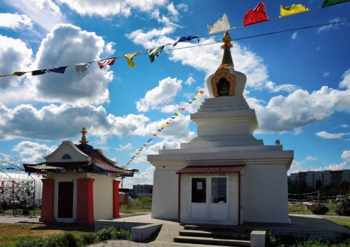 Elistinskaya-Stupa-Prosvetleniya-700x494