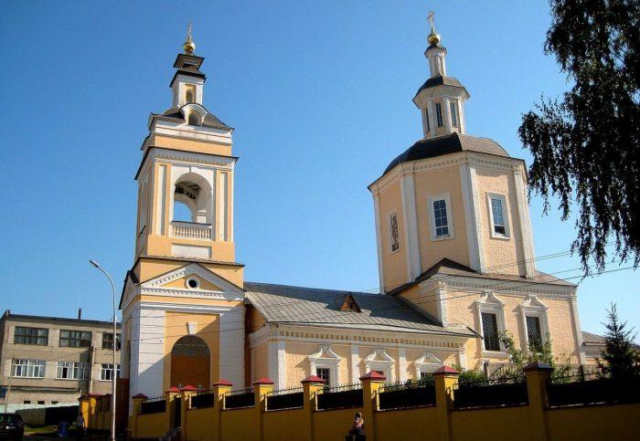 Gorno-Nikolskiy-hram-700x483