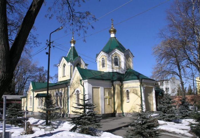 Ilinskaya-tserkov-700x482