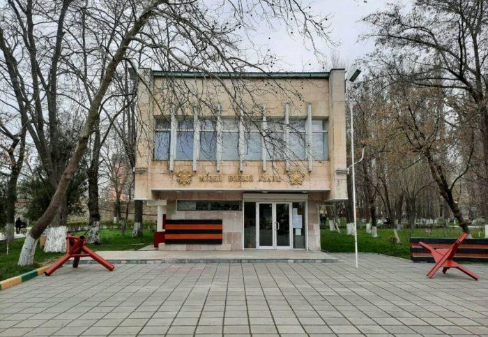 Muzey-boevoy-slavy-imeni-V.-V.-Makarovoy-700x483