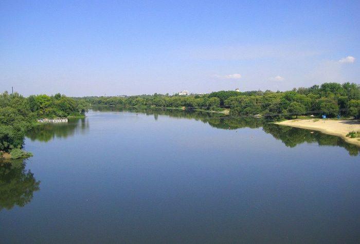 Reka-Desna-700x475