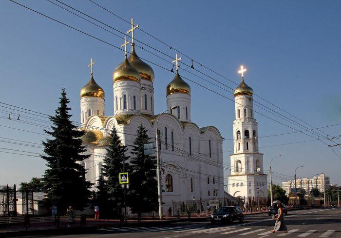 Troitskiy-sobor-700x488