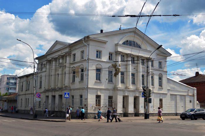 Dom-kuptsa-Suvorova-700x465