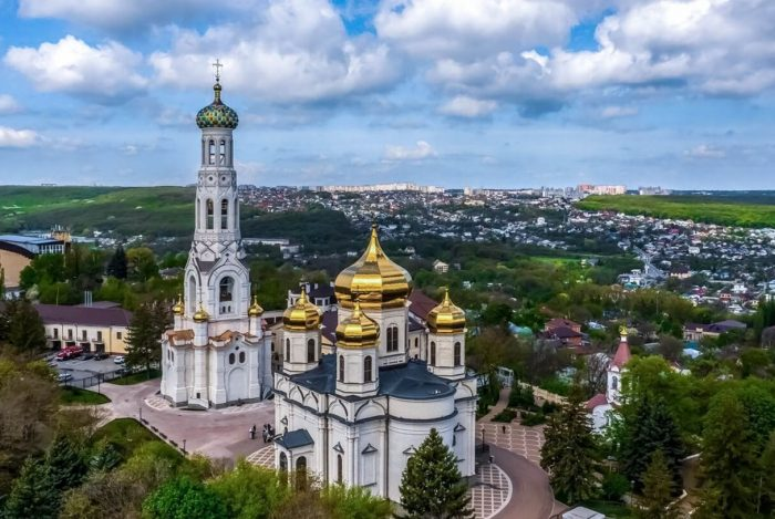 Kazanskiy-sobor-1-700x469