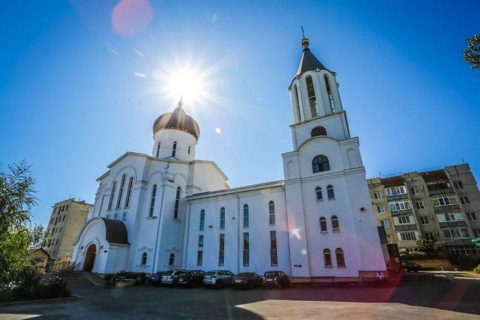 Krestovozdvizhenskiy-hram-700x467
