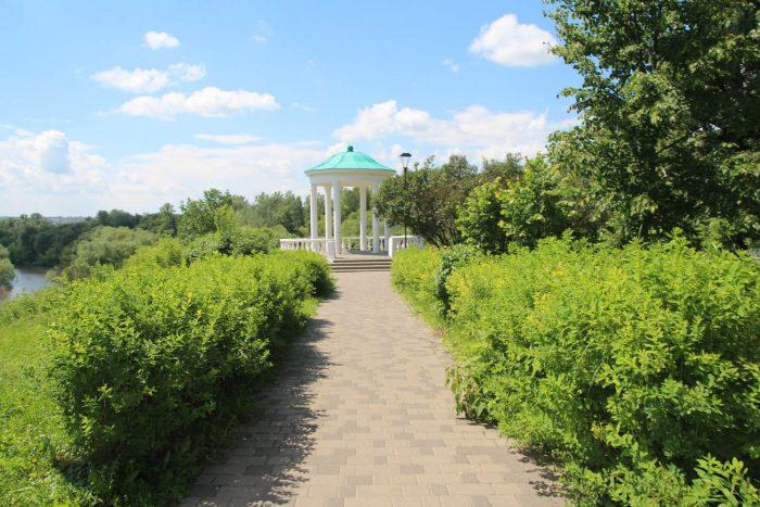 Landshaftnyy-park-Dvoryanskoe-gnezdo-700x467