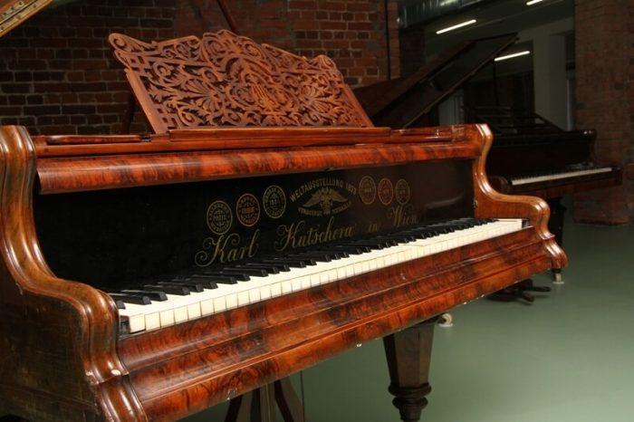 Muzey-masterskaya-fortepiano-A.-V.-Stavitskogo-700x466