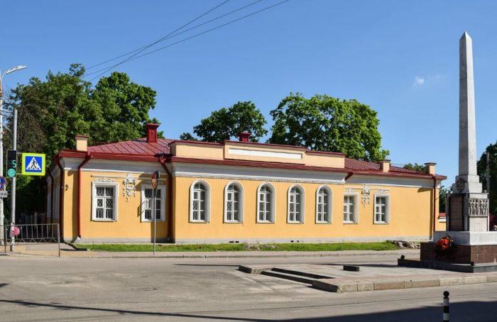 Muzey-pisateley-orlovtsev-700x454