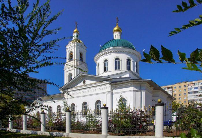 Nikolskiy-sobor-1-700x478