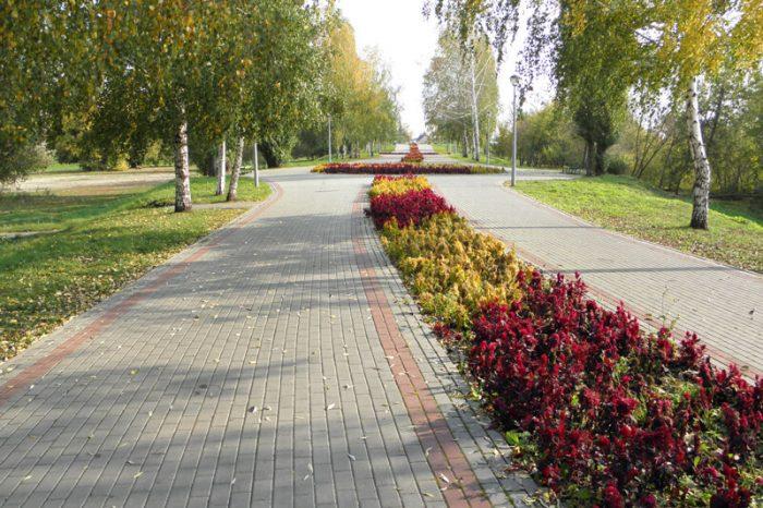 Rasskazovskiy-skver-700x466